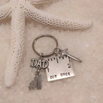cut-once-keychain-dad-and-hammer