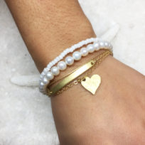 multi-layer-gold-pearl-bracelet-wrist